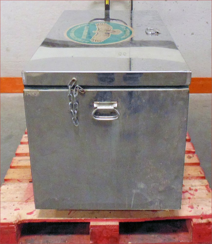 Uw Swap Online Auction Concrete Test Cylinder Curing Box