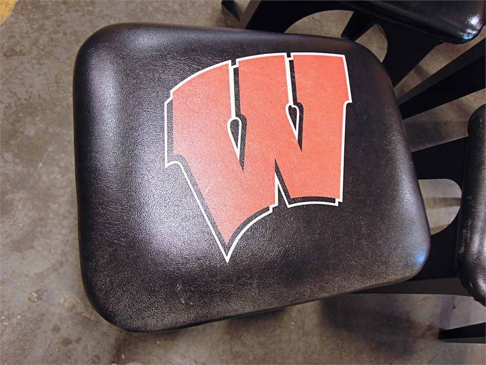 Uw Swap Online Auction Lot Of 5 Badger Themed Sitting